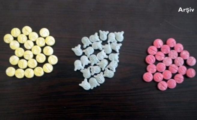 Düzenlenen uyuşturucu operasyonunda 35 adet hap ele geçirildi