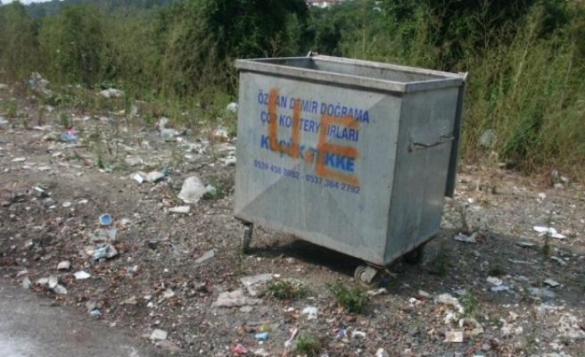 Biriken çöpler toplanmaya başlandı