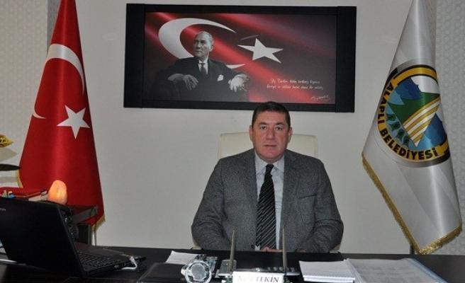 Başkan Nuri Tekin ucuz atlattı