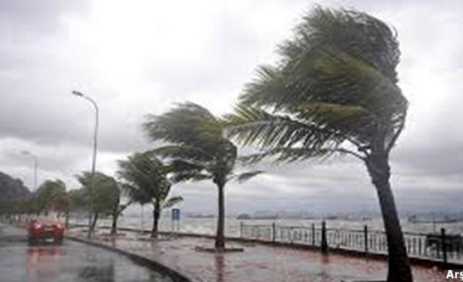 Batı Karadeniz´de kuvvetli fırtına bekleniyor
