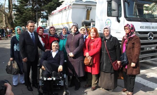 Engellilerin Suriyeliler için topladığı yardımlar yola çıktı