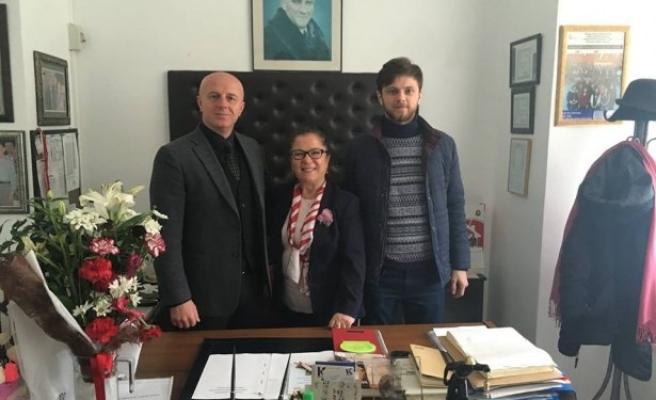 Yazıcıoğlu İzmirlioğlu Huzurevini ziyaret etti