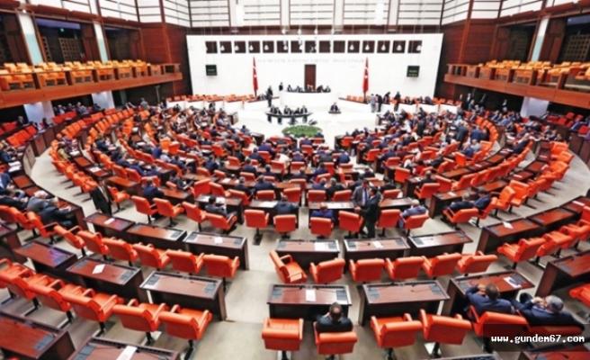 19 Yıl Sonra İlk Kez 5 Parti Meclis'te