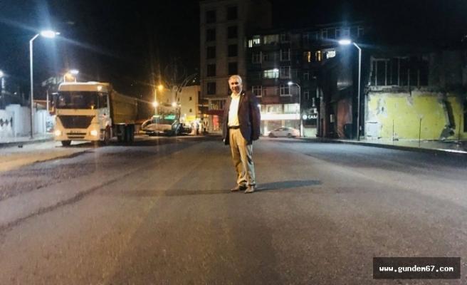 Başkan Yılmaz gece asfaltta sabah İhsaniye'de