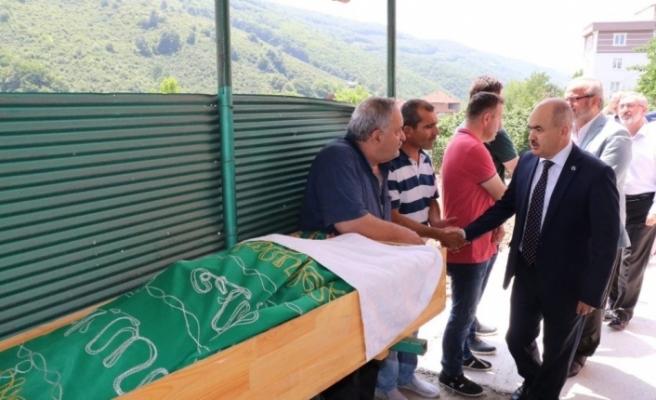 Vali Dağlı, Güzel'in cenazesine katıldı