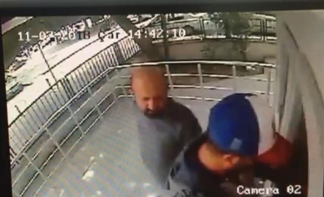 ATM dolandırıcısını, güvenlik kamerası ele verdi!