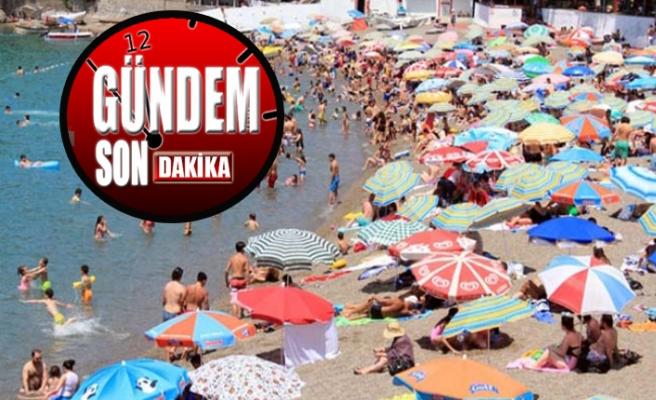 Zonguldak'ta sahiller doldu taştı!