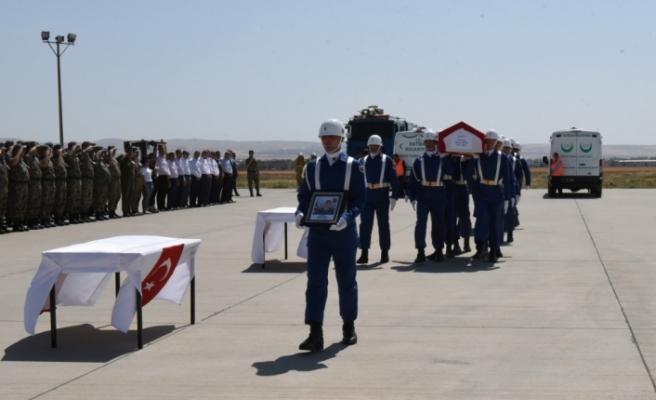 Şehit Turan için ilk tören düzenledi!..