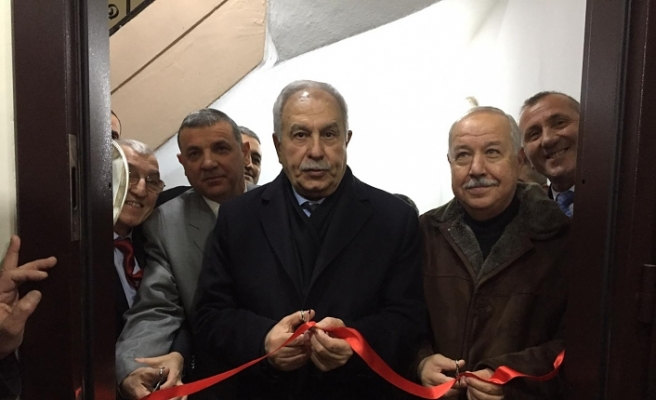 Açılışı eski Bakan Başeskioğlu yaptı