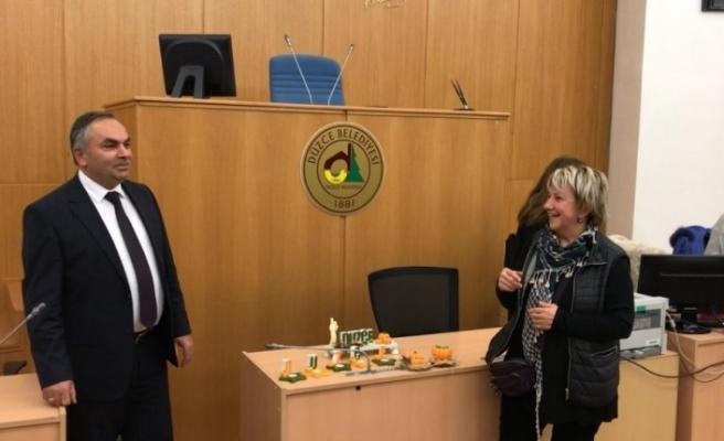 Başkan Ay kadın meclisi ile bir araya geldi
