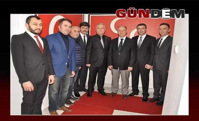 Çorumluoğlu, siyasi parti ziyaretlerini sürdürdü