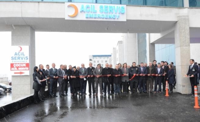 Düzce Üniversitesi hastanesi'nin yeni acil servisi törenle hizmete açıldı