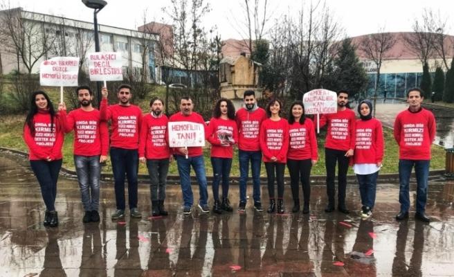 Düzce Üniversitesi öğrencileri hemofili hastalığına dikkat çekti