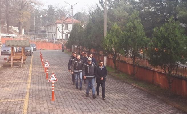 Karabük merkezli FETÖ operasyonunda 5 kişi adliyeye sevk edildi