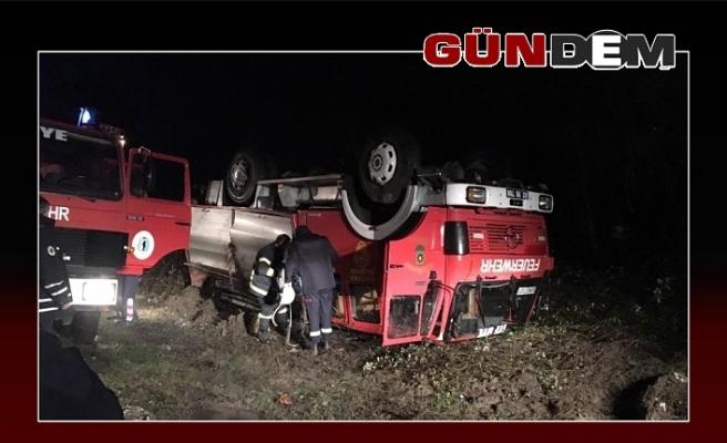 Olaya giden itfaiye aracı takla attı!