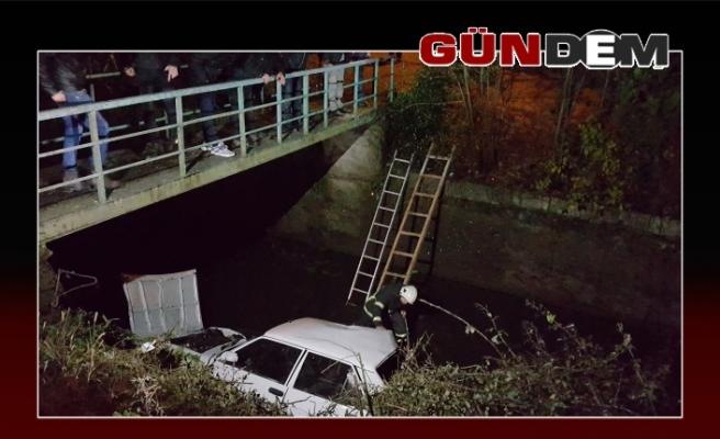 Otomobil köprüden uçtu!