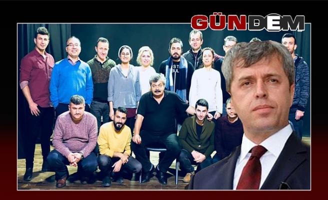 Vali Çınar yazmıştı: 'Üç günlük Hökümet' sahneleniyor