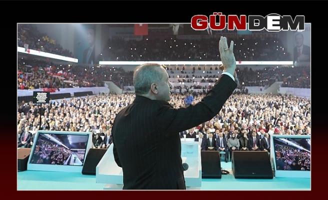 AK Parti adaylarını tanıttı