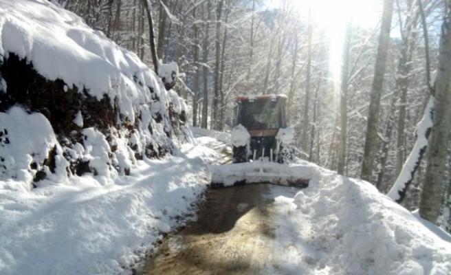 Gümeli'de kar kalınlığı 60 santimetreye ulaştı
