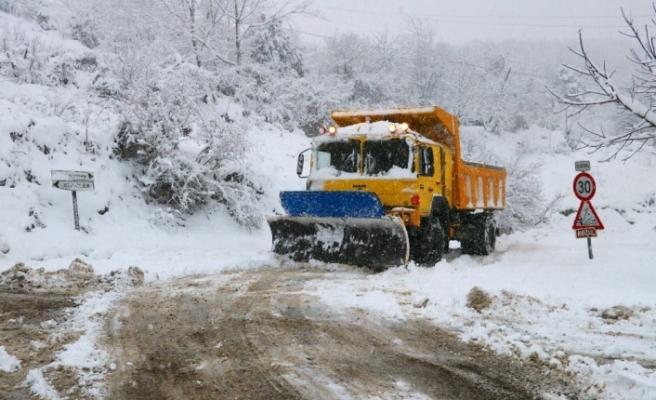 Kar yüksek kesimlerde 70 santimetreyi buldu!..
