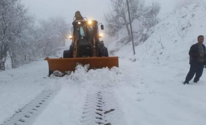Karabük'te 223 köy yolu açma çalışmaları devam ediyor