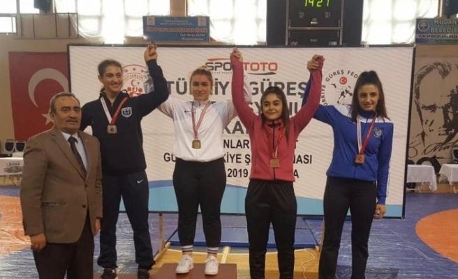 Karabüklü sporcular şampiyonalardan madalyalarla döndü