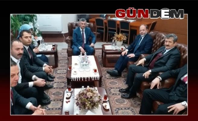 Recep Akdağ'dan Vali Bektaş'a ziyaret