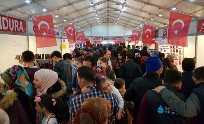 'Vatandaşa İndirim, Esnaf Destek' çadırına yoğun ilgi