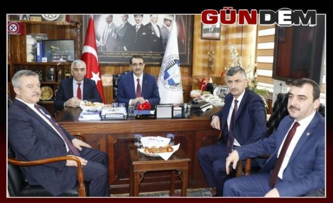 Demirci, Bakan Dönmez'den işçi talebinde bulundu