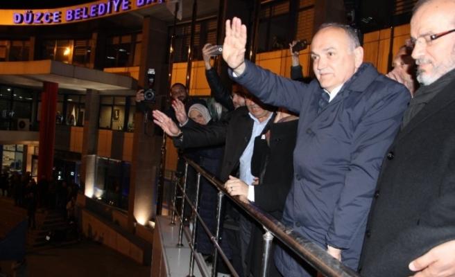 Düzce'de seçimleri Faruk Özlü kazandı