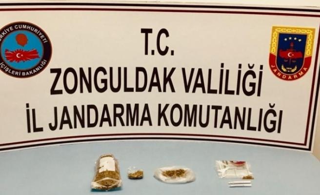 Piyasa değeri 10 bin TL olan uyuşturucu ele geçirildi
