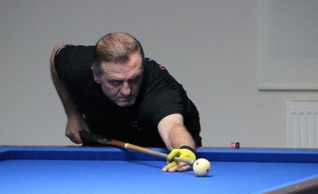 Düzce'de 3 bant bilardo turnuvası başladı