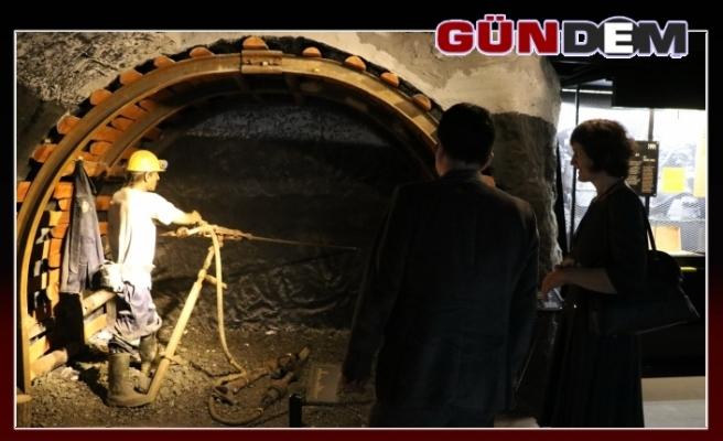 Polonyalı akademisyenler Maden Müzesi'ne hayran kaldı