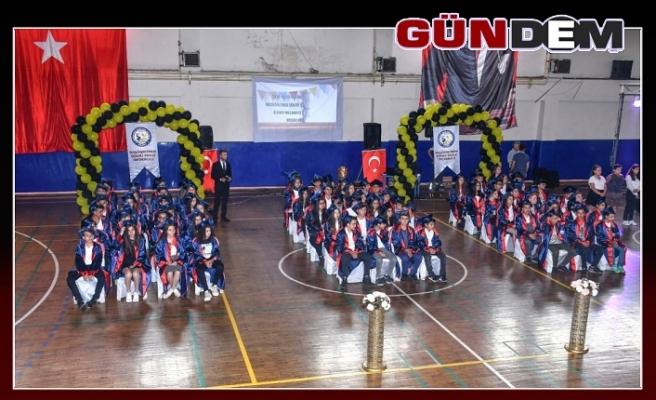 77 öğrenci mezun oldu!..