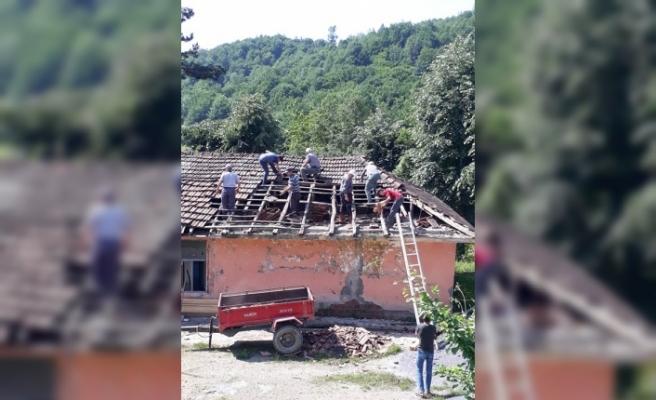 Köy halkı tarihi okula sahip çıkıyor