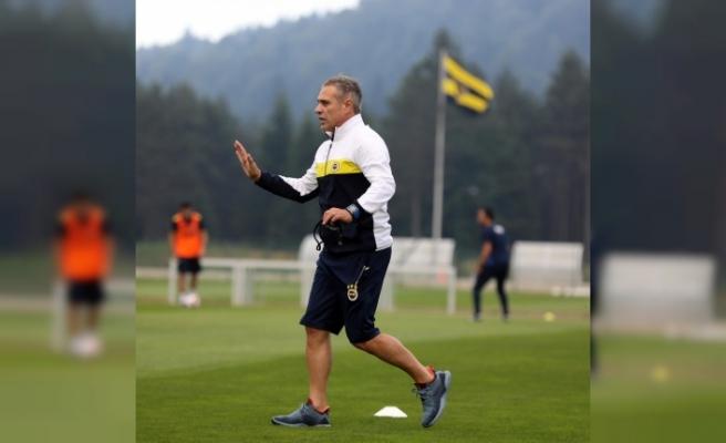 Fenerbahçe, Topuk Yaylası'nda ilk antrenmanını yaptı