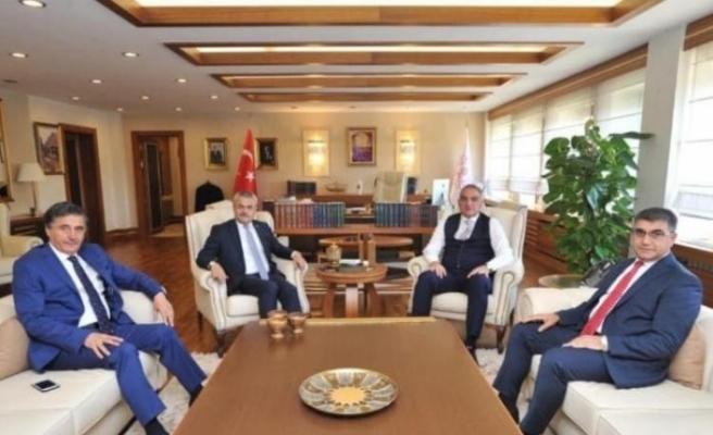 Vali Gürel ve milletvekilleri Bakan Ersoy'u kent turizmi hakkında bilgilendirdi