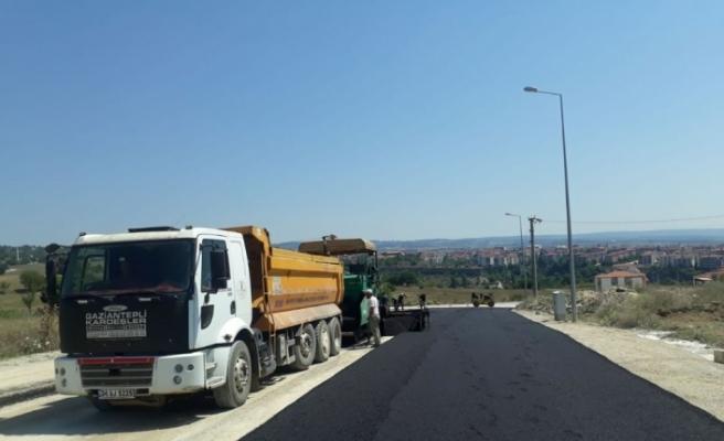 Yeni yerleşim yerlerinde asfalt çalışmaları sürüyor