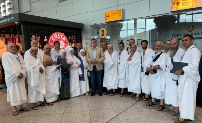 50 Ahıska Türk'ü kutsal topraklara uğurlandı