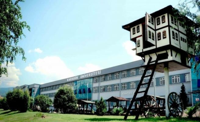 """KBÜ'den, akademisyenler için """"hak ihlali"""" kararına tepki"""