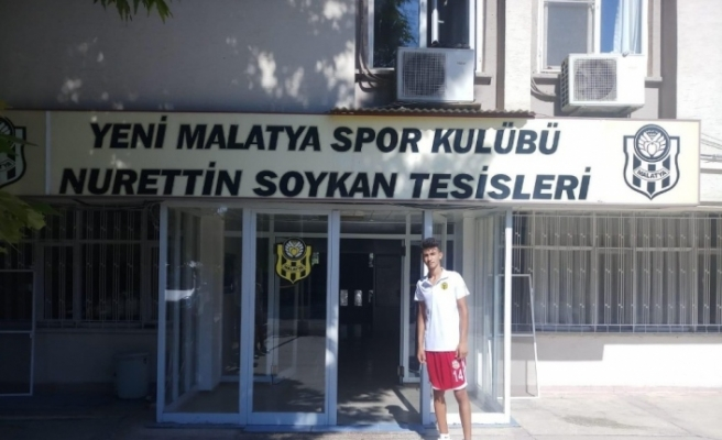 Malatyaspor, 15 yaşındaki Emirhan Öz'ü transfer etti
