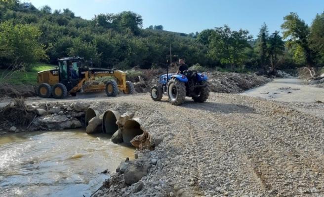 Yıkılan köprünün yerine geçici güzergah hizmet verecek