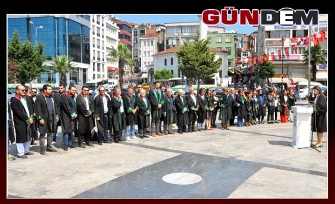 """""""ADALETE HİZMET EDİYORUZ"""""""