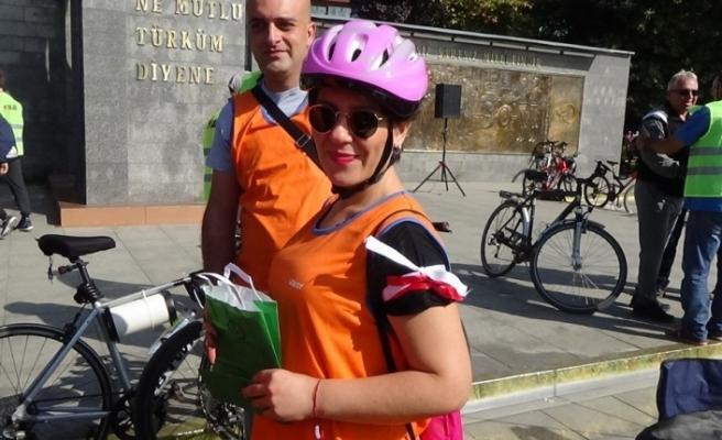 400 bisikletçi Mehmetçiğe destek için pedal bastı