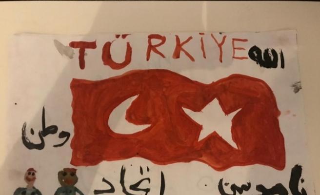 Gurbetçi küçük kızdan Mehmetçiğe destek