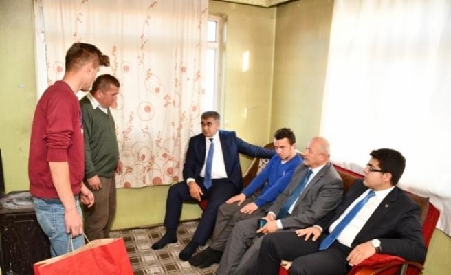 Gürel'den şehit ailesi  ve dezavantajlı aileye ziyaret