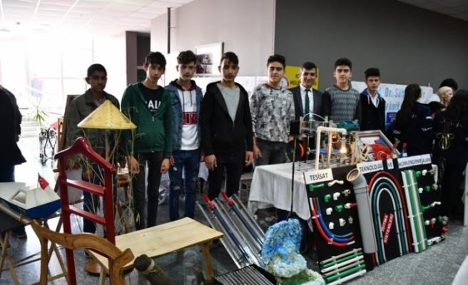 Karabük'te Mesleki ve Teknik Eğitim Fuarı açıldı