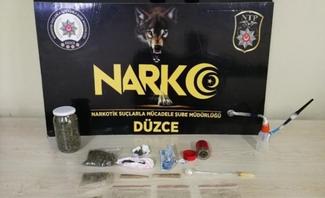 Düzce Polisi uyuşturucu satıcılarına göz açtırmıyor