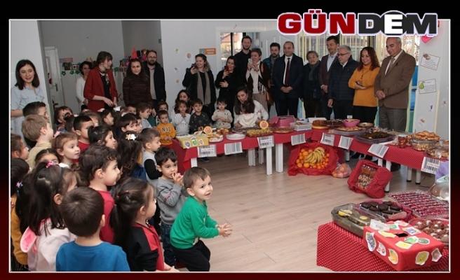 """İLK ADIM GÜNDÜZ BAKIMEVİ """"YERLİ MALI"""" PAZARI KURDU"""