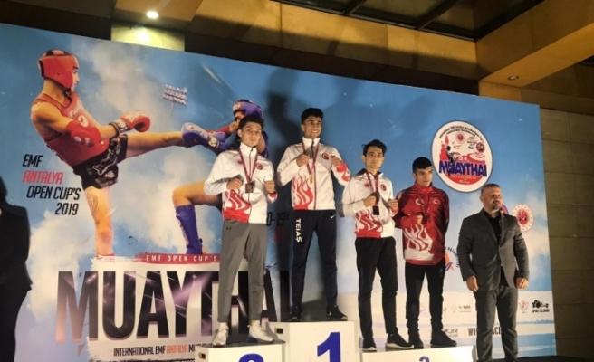 Muaythai turnuvasında Avrupa ikincisi oldu